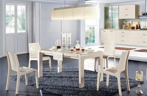 餐台、餐椅